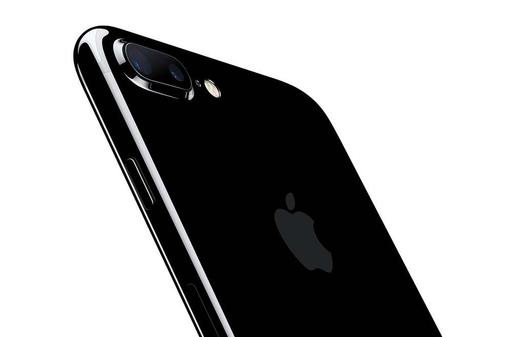 iPhone 7 Plus はデュアルレンズ