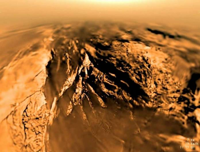 saturn moon Titan