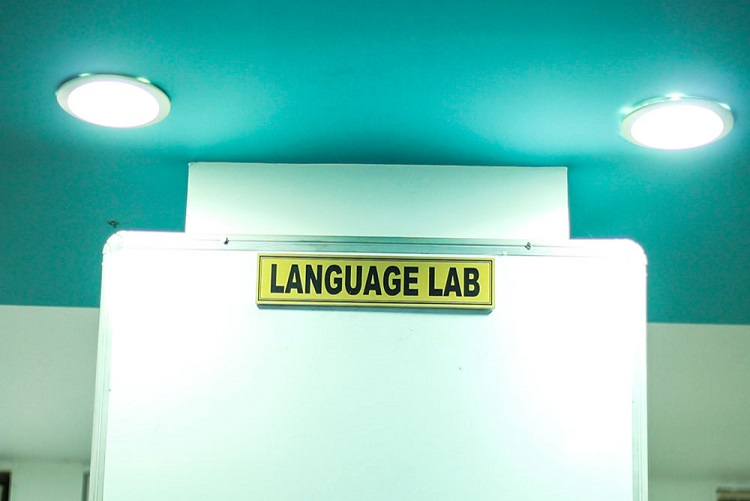 research-facility-language-lab