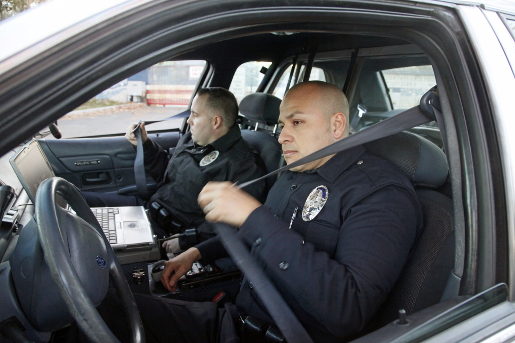 Officer Not Wearing Police Belt Seat