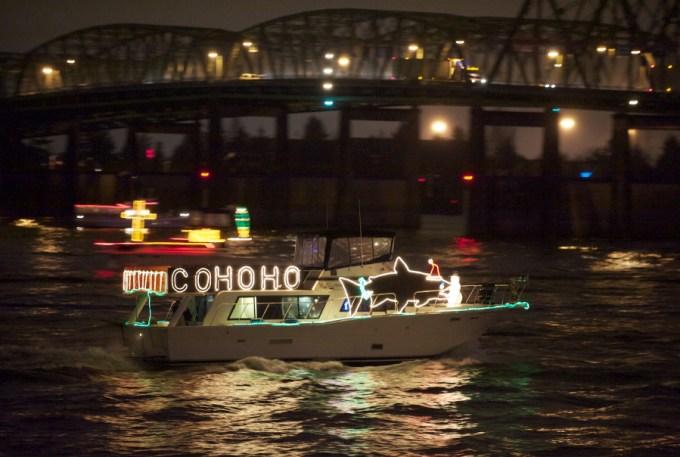 christmas ships in the night columbian
