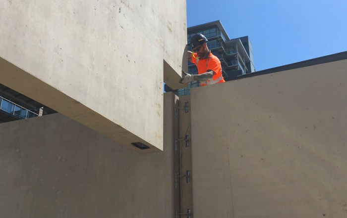 PCE installing offsite engineered precast concrete units