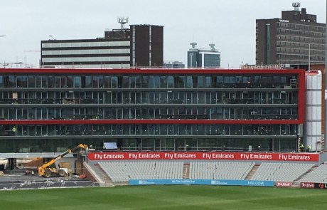 Structural hybrid frame at the heart of Emirates Old Trafford Hotel