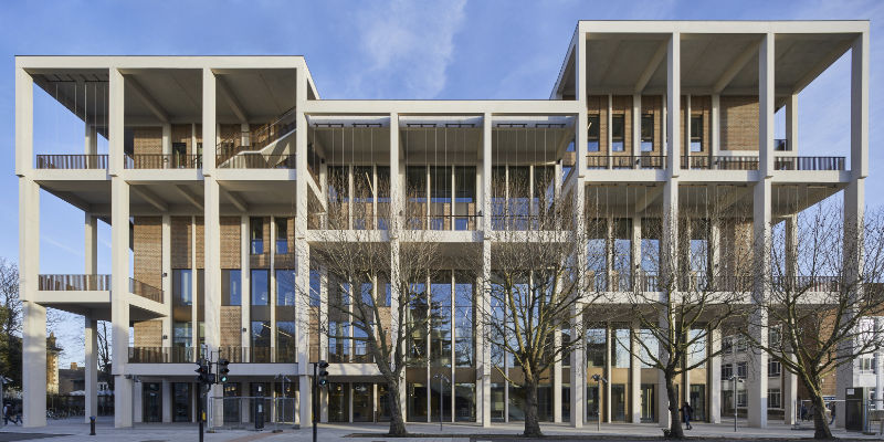 Kingston University Town House was completed using PCE's HybriDfMA bespoke system