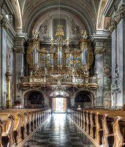 Warszawa,_kościół_św._Anny,_chór_HDR