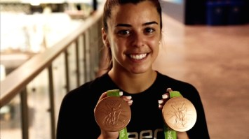 46: Meaghan Benfeito, Olympic medalist diver (Montreal) [EN]: https://pchpblog.wordpress.com/2016/11/01/our-story-on-the-olympic-medalist-meaghan-benfeito-aired-on-rtp/