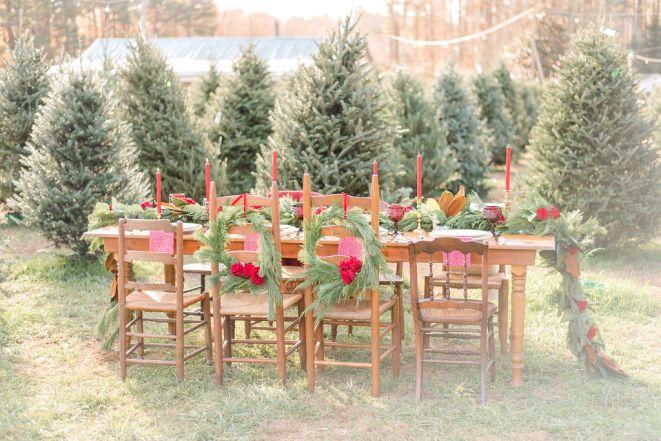 Christmas-wedding-tabletop-at-Christmas-Tree-farm-Kaitlyn-Blake-Photography