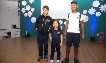 Alunos da Rede Municipal de Ensino começam a receber novos uniformes