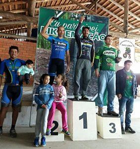 Ciclistas de Itapema vencem provas em Indaial e São Francisco do Sul