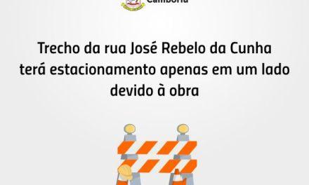 Trecho da rua José Rebelo da Cunha terá estacionamento apenas em um lado devido à obra