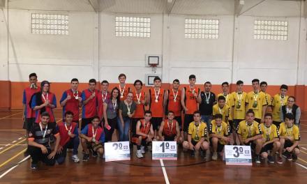 Colégio Recriarte conquista três medalhas de ouro nas disputas de basquete do Jecam