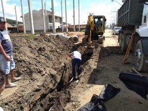 Iniciam obras de drenagem no Bairro Morretes