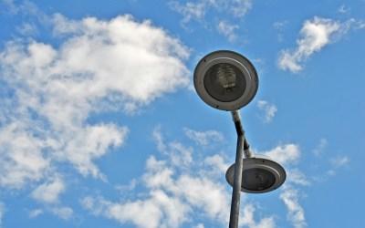 Reclamações de iluminação pública devem ser repassadas a Secretaria de Administração de Camboriú