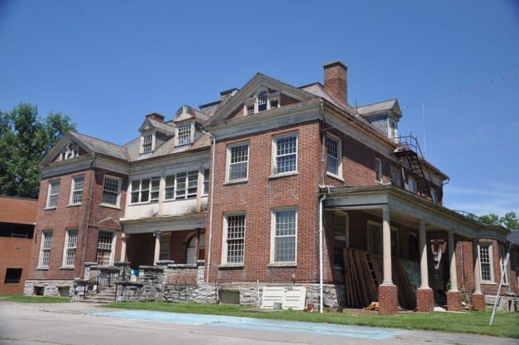 St. Albans Hospital among eight sites added to Va. Landmarks Register