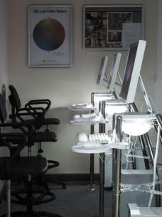 Trening centar, prvi u istočnoj Evropi, još od 2006. obezbeđuje kvalitetnu obuku za operatere na Apple-ovim uređajima