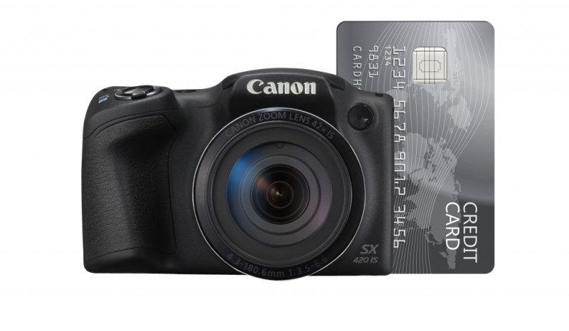 PowerShot SX420 IS with credit card