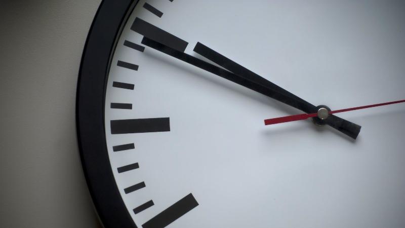 Evropska komisija ukinula pomeranja sata