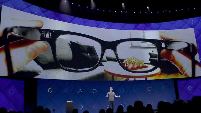 Facebook pravi pametne naočare sa kompanijom Ray-Ban