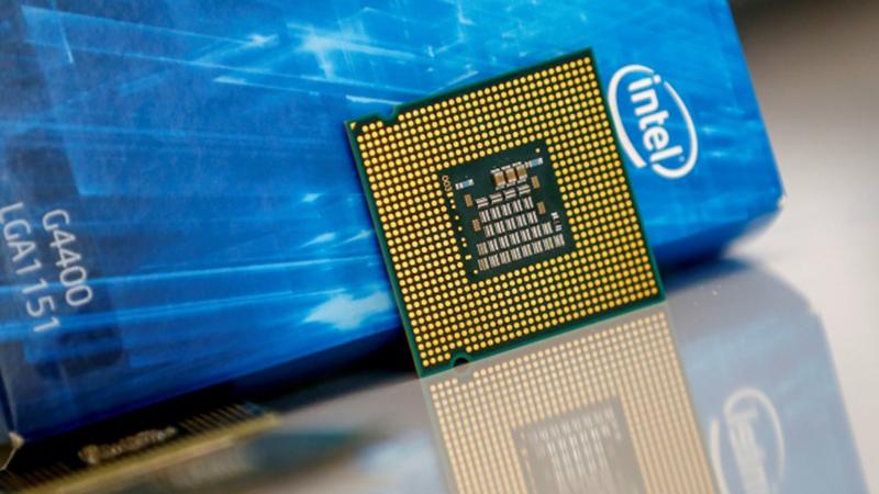 Intel će praviti čipove za Qualcomm i Amazon.