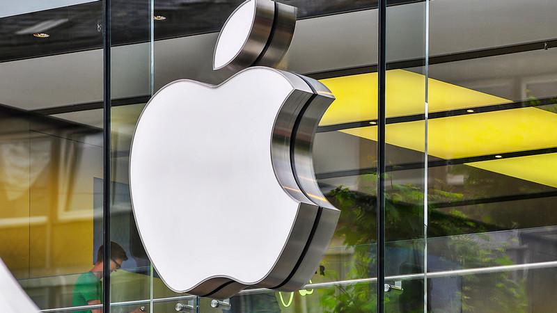 Apple do 2023. godine planira da pređe na svoju 5G opremu.
