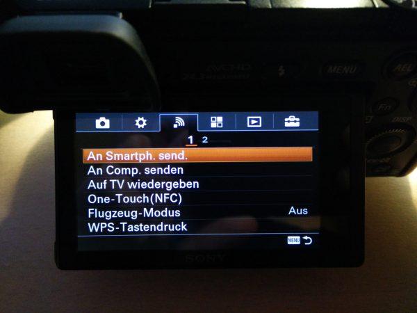 An Smartphone senden im Menü der Sony Alpha 6000