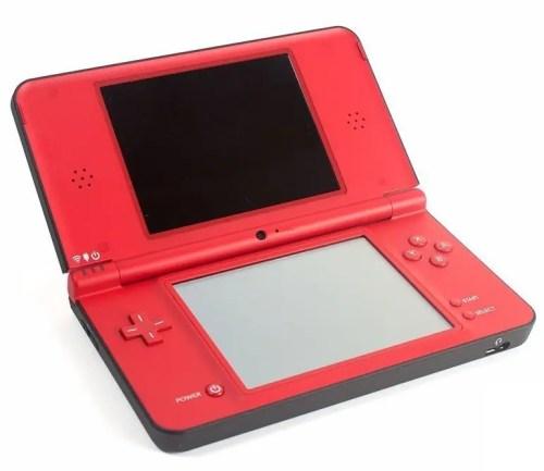 Nintendo DSi XL (Red) (Super Mario Bros. 25th Anniversary Edition)