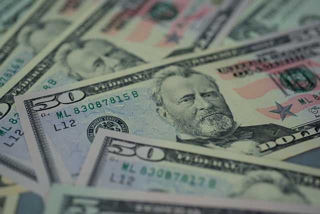 Billetes de 50 dólares estadounidenses