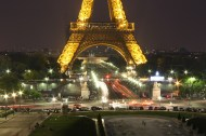 Light trails in the Eiffel