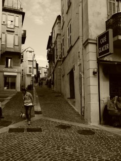 Walking in Le Souquet, the hill and the oldest part of Cannes