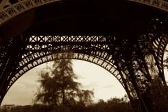 Eiffel Tower garden