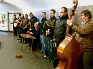 Buskers, Paris metro