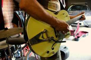 warmth- gretsch guitar