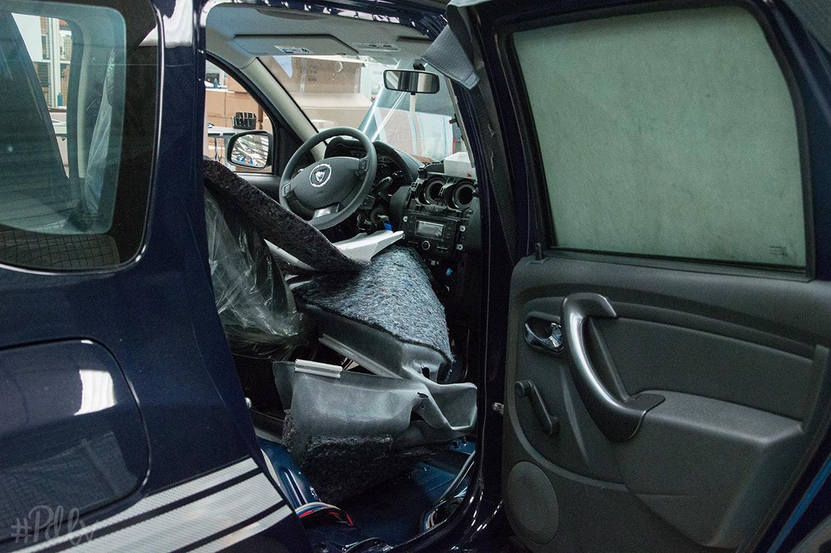 gruau_assemblage_voiture_gendarmerie