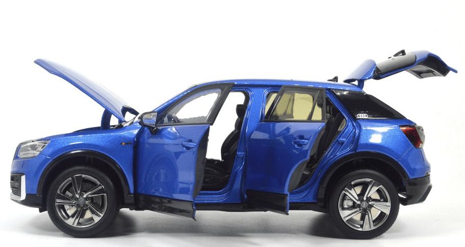 Audi Q2L Paudi bleu profil
