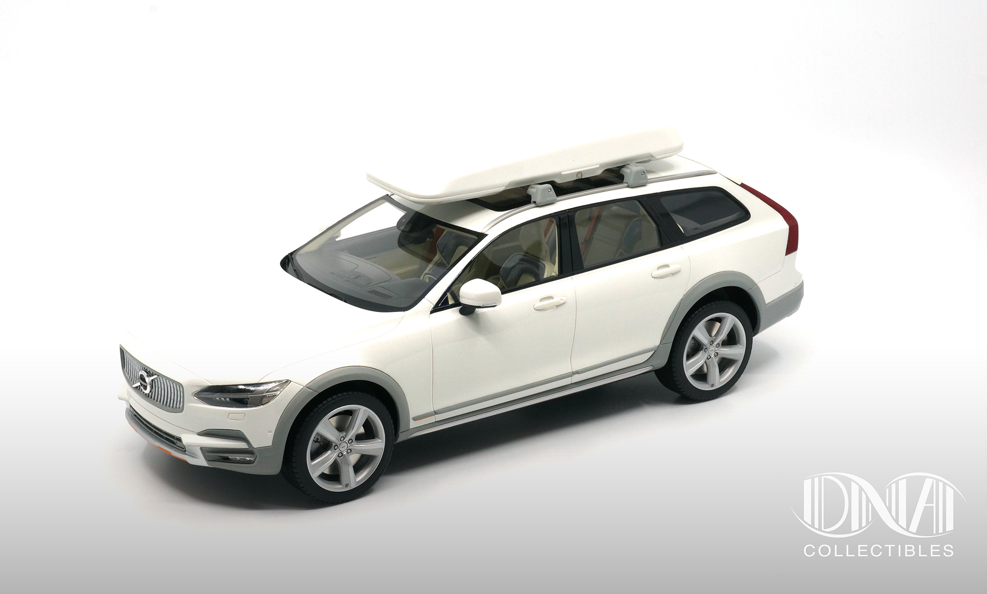 Volvo V90 Cross Country Ocean Race - DNA Collectibles 1/18 - DNA000043 - coffre de toit