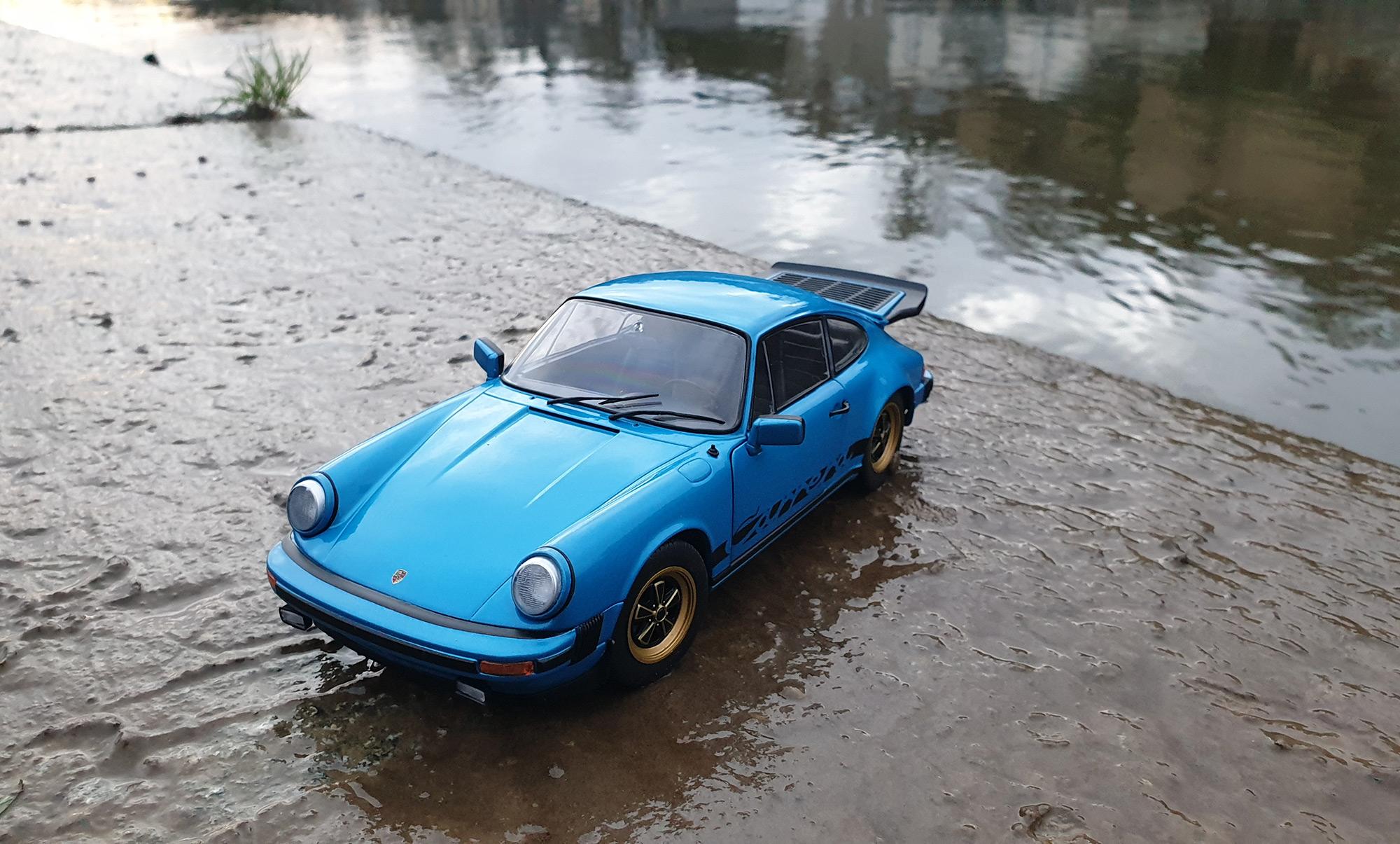 Porsche 911 Carrera 3.0 - Solido