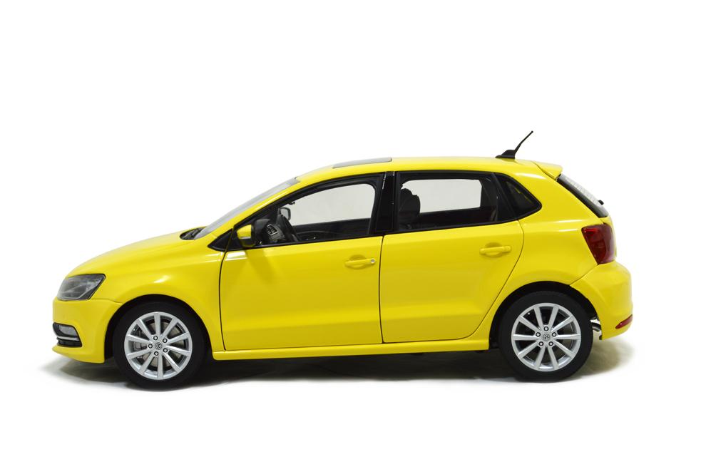 Volkswagen Polo 6R Paudi 1/18 (2338Y) profil