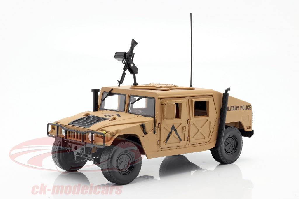 Commander Humvee R2 de Autoworld au 1/18