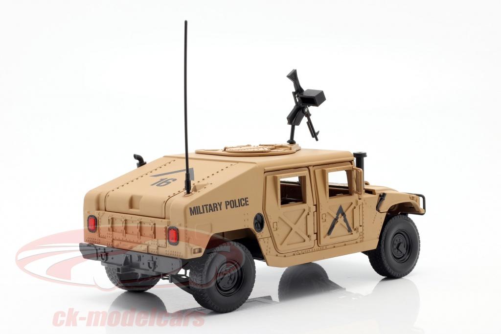 Humvee R2 de Autoworld au 1/18 pas cher
