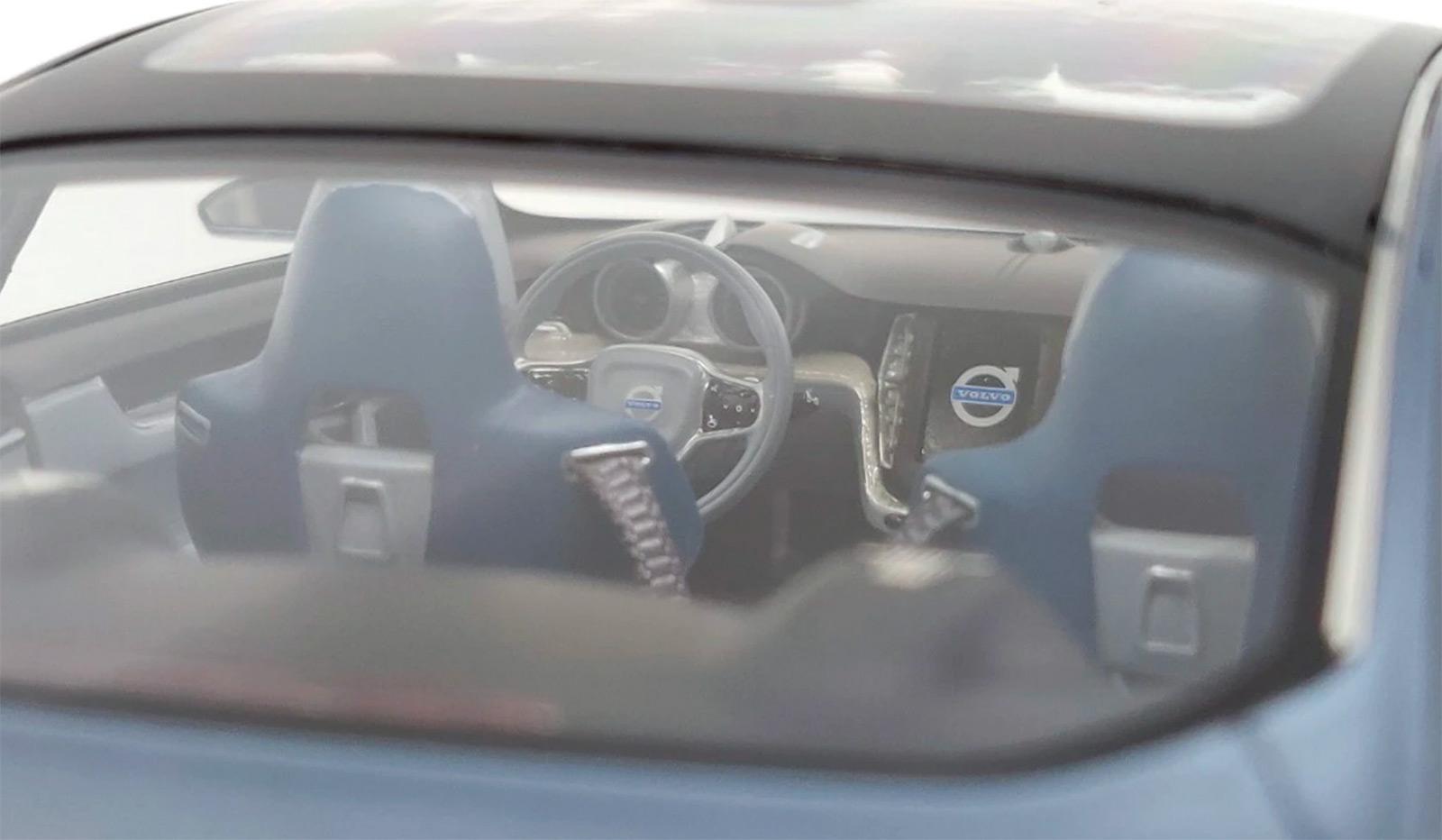 Intérieur de la Volvo Concept Coupé DNA Collectibles 1/18