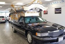 Photo of Cette Cadillac DeVille corbillard est… fascinante