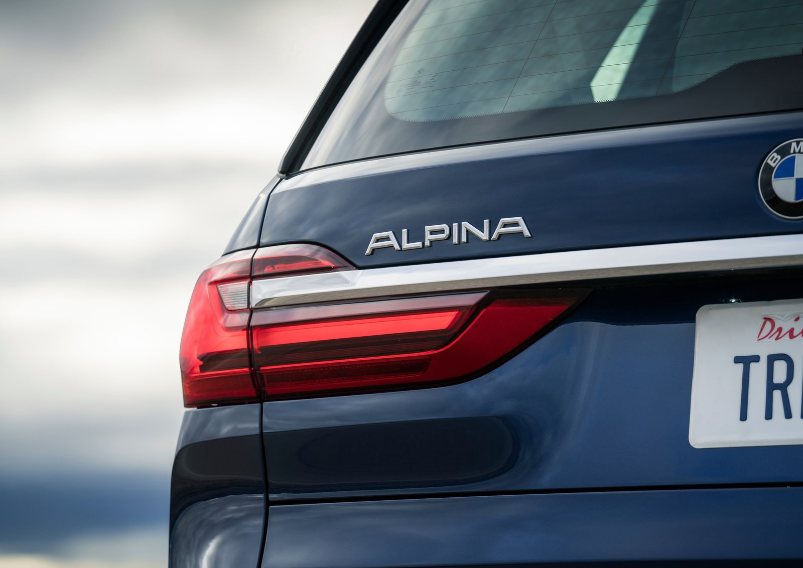 Alpina XB7 logo