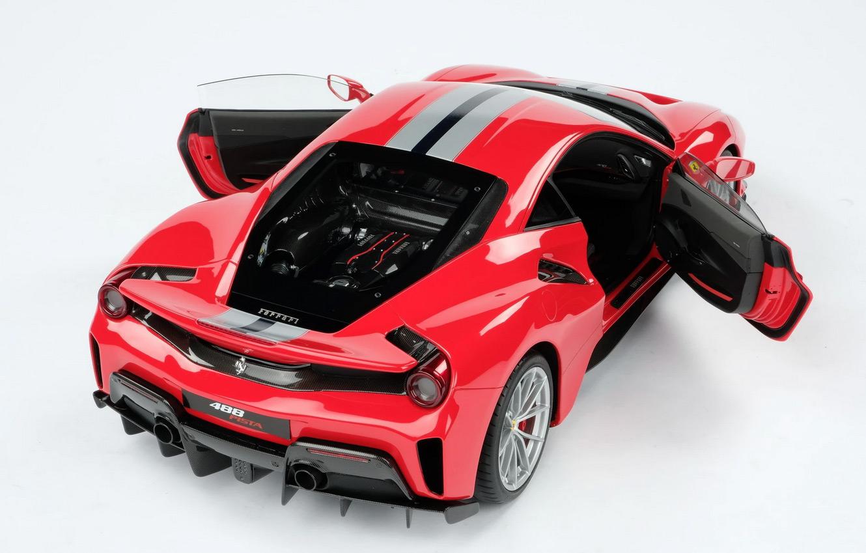 Ouvrants de la Ferrari 488 Pista Amalgam