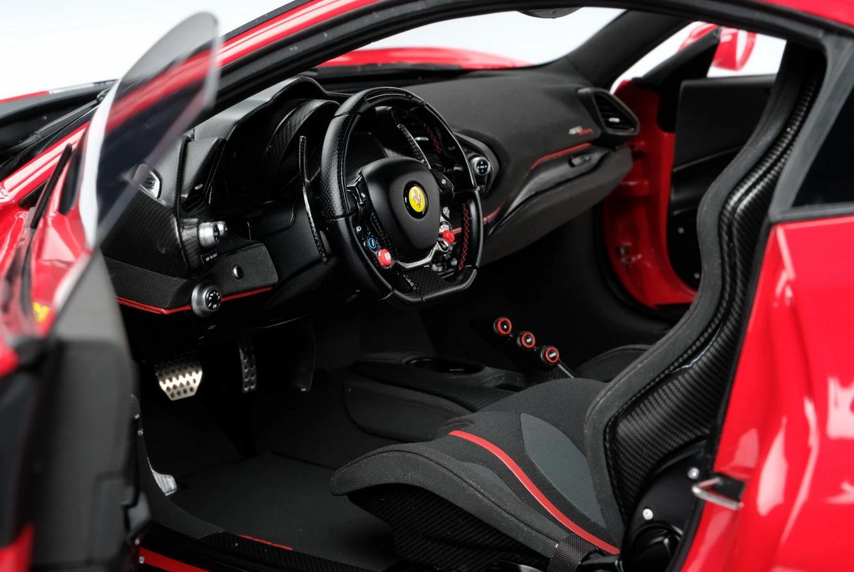 Sellerie de la Ferrari 488 Pista Amalgam