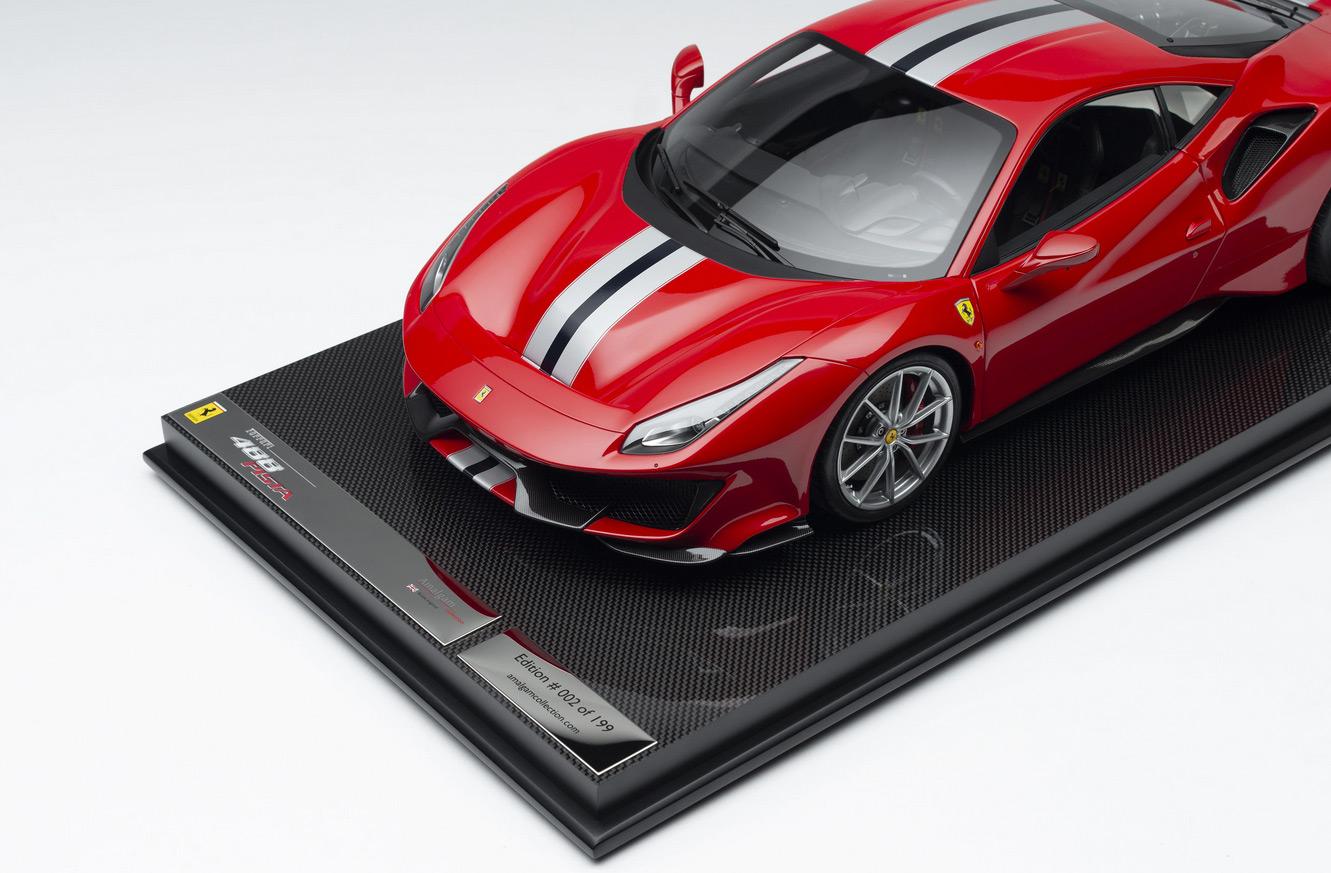 Socle de la Ferrari 488 Pista Amalgam limitée à 199 exemplaires