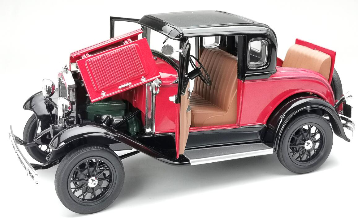 6137 Ford Model A SUNSTAR ouvrants