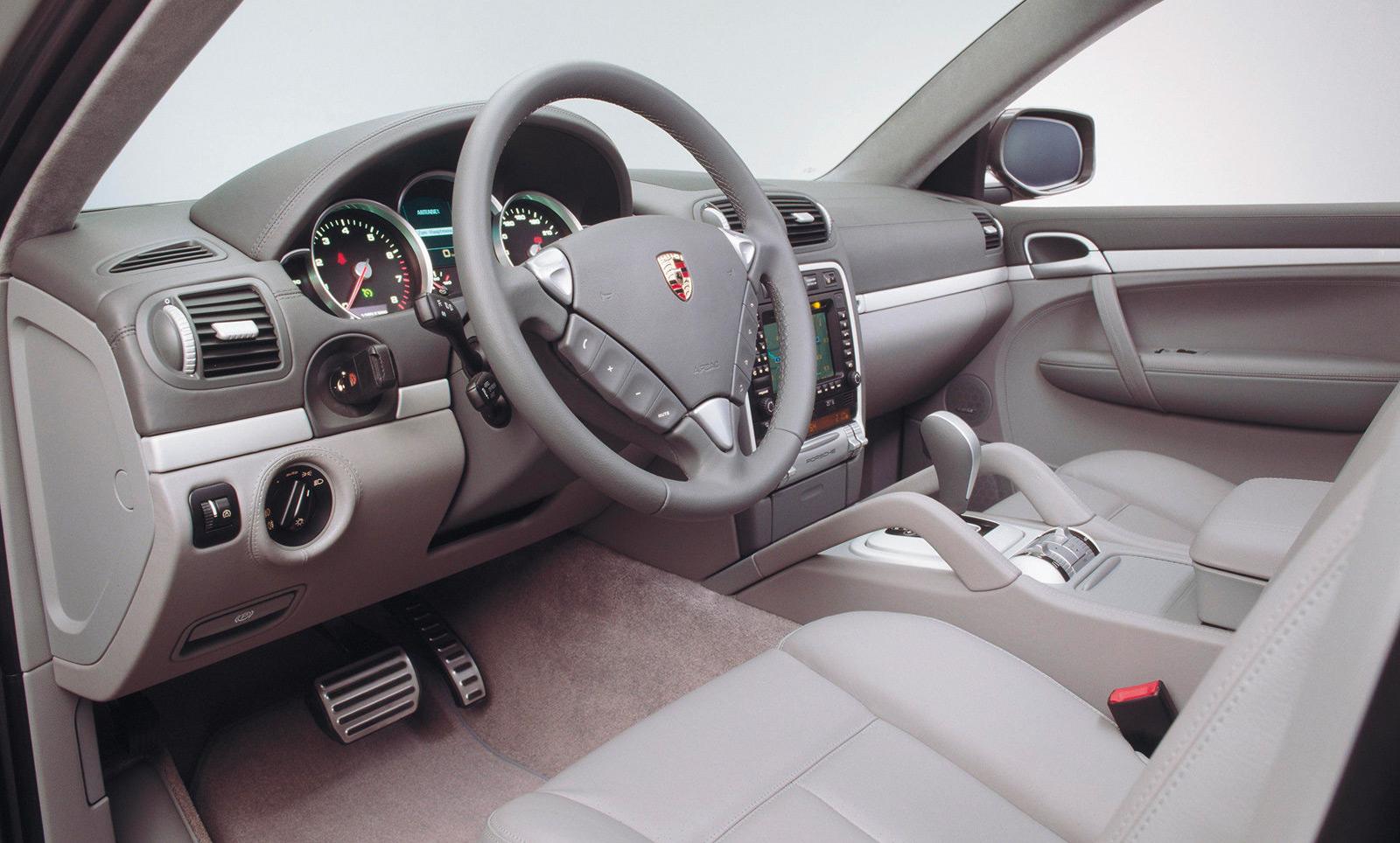 Intérieur Porsche Cayenne restylé 2007