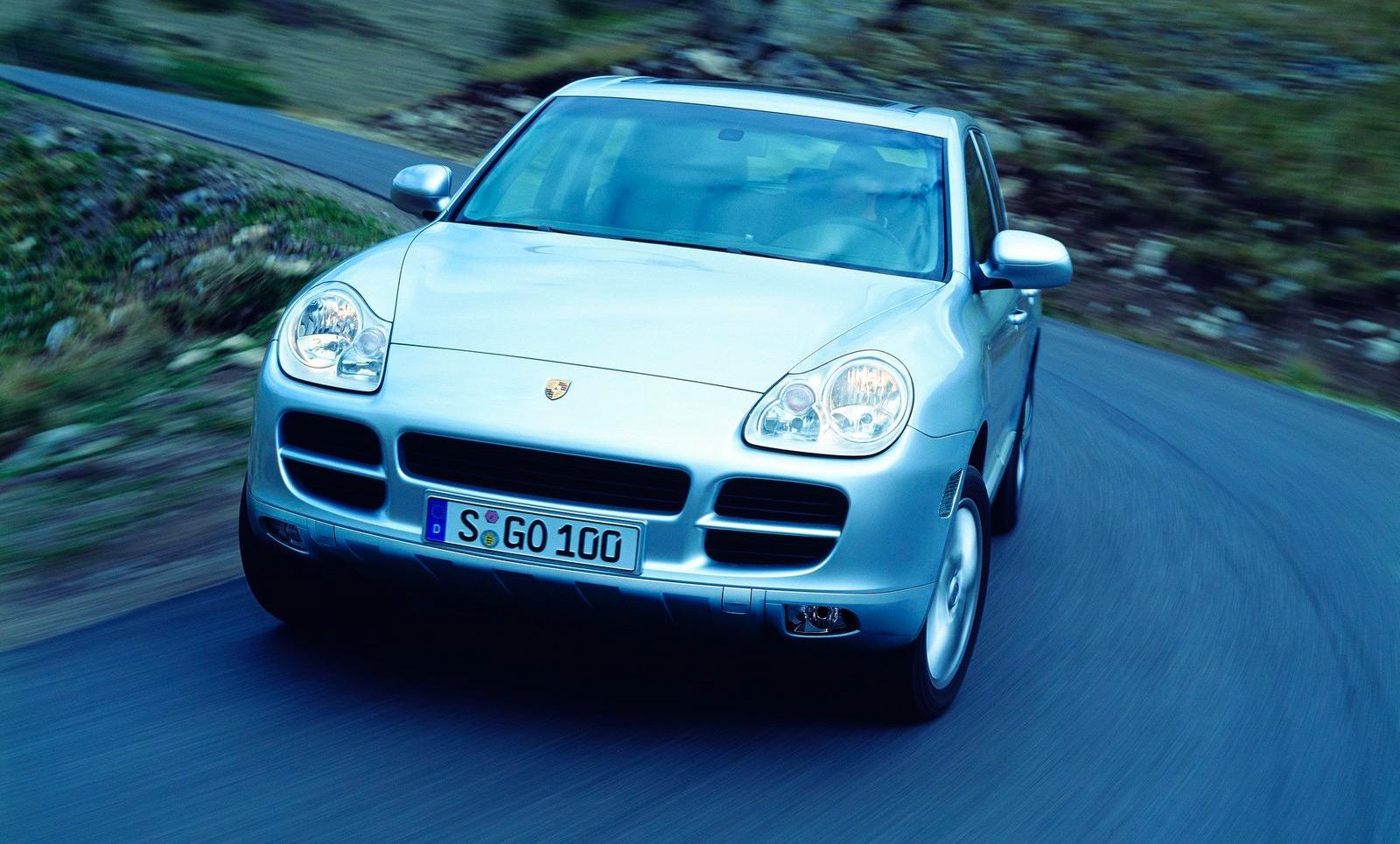 Porsche Cayenne 9PA avant
