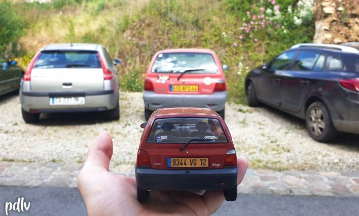 Renault Twingo 1 Solido devant une vraie Twingo