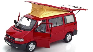 Photo of 1/18 : Schuco sort le VW Transporter T4b Westfalia